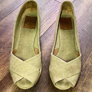 Women's espadrille Size 8 1/2 Tory Burch shoes